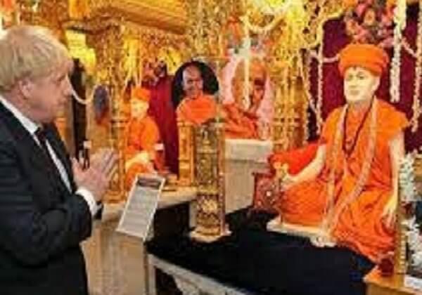 PM Johnson in Swami Narayan Temple